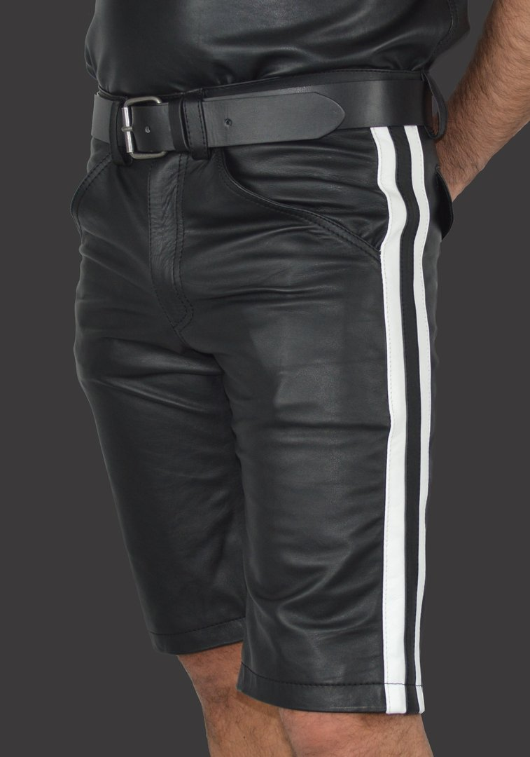 AW-541 knie long shorts aus Nappa
