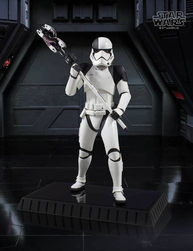 GENTLE GIANT FIRST ORDER EXECUTIONER STATUE 1/6