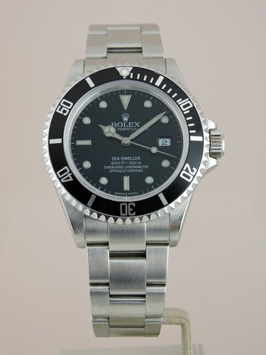 2006 Rolex Sea Dweller 16600 - Box & Papers