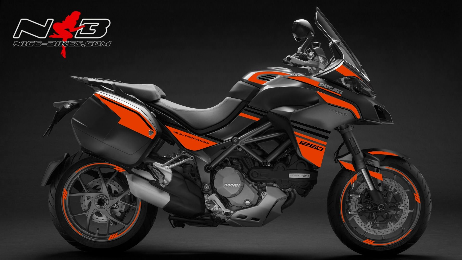 Multistrada 1260 orange auf grauer Maschine