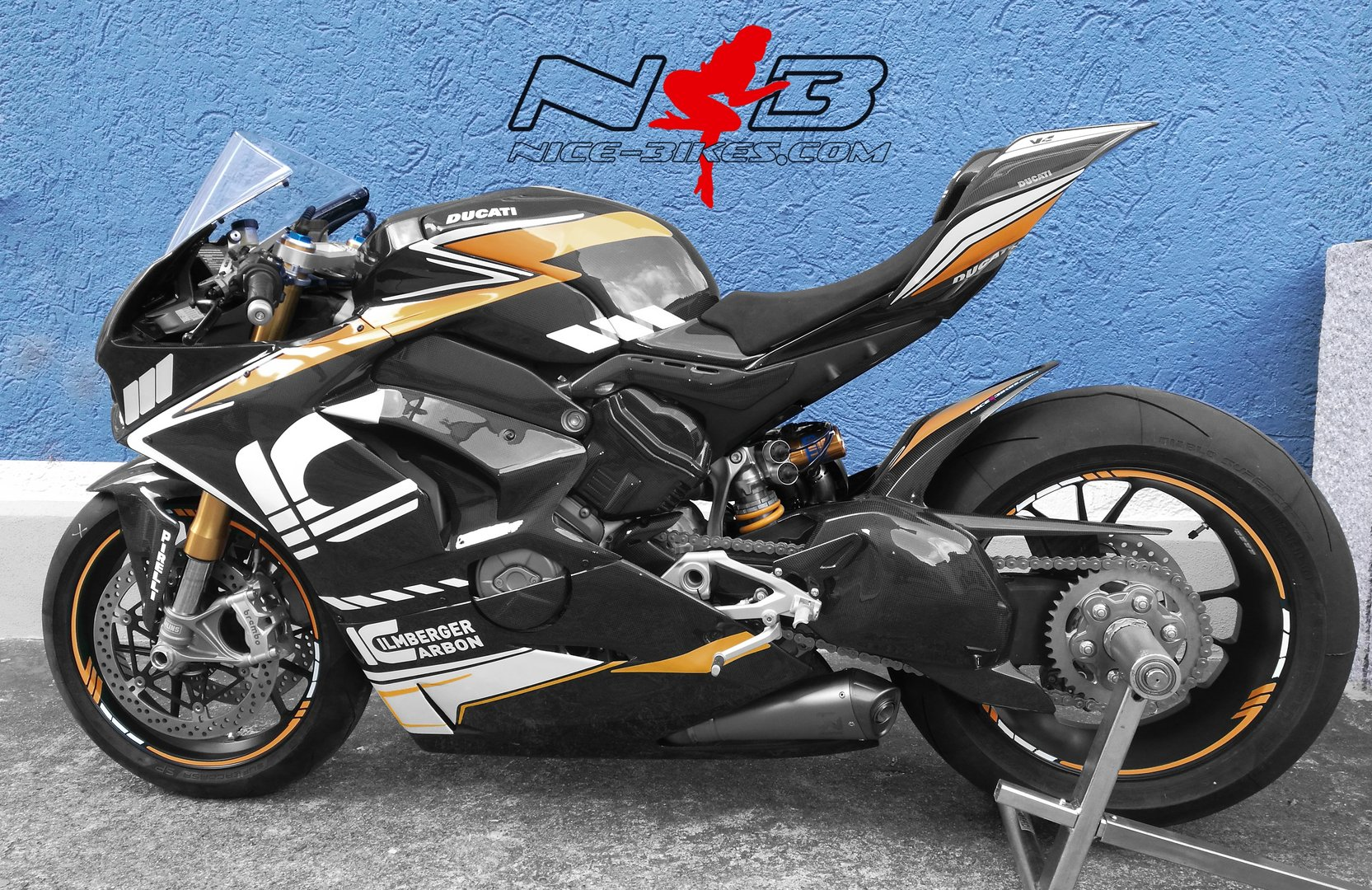 V4 Ilmberger Carbon Racing Edition gold