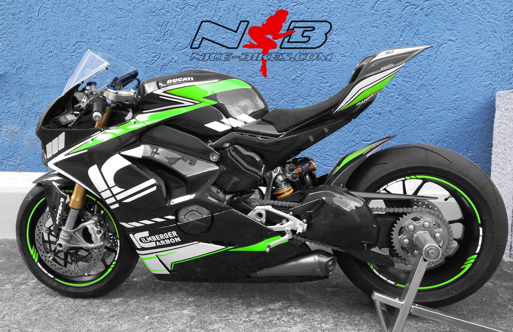 V4 Ilmberger Carbon Racing Edition limegreen