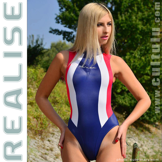 realise_swimsuit_N037_630